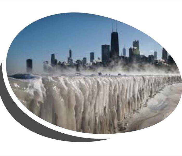picture of frozen Lake Michigan during polar vortex
